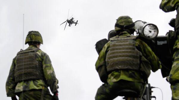 Шведские военные во время учений