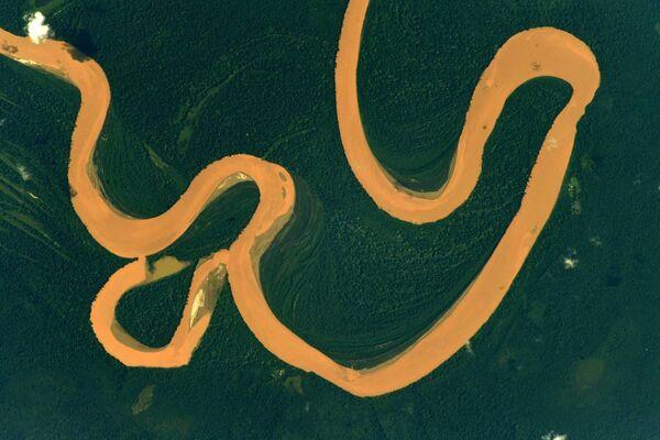 Река Амазонка снятая с борта МКС