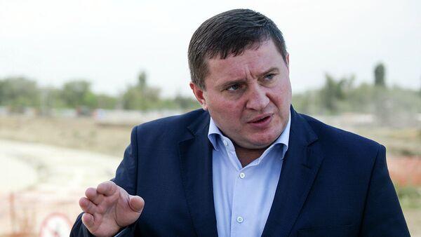 Губернатор Волгоградской области провел встречу с добровольцами