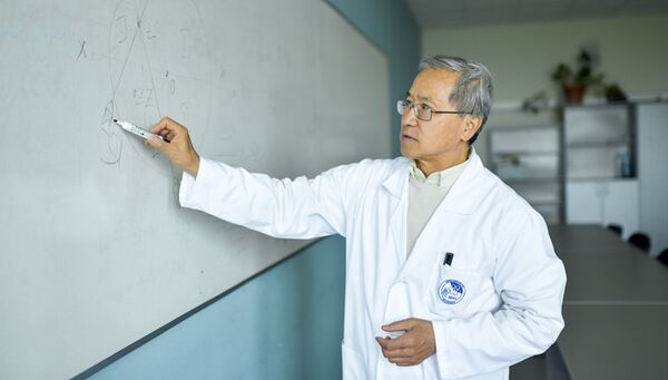Доцент Школы биомедицины ДВФУ Борис Юнг разработал новый магнитный стимулятор мозга