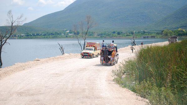 Дорога в Гаити. Архивное фото
