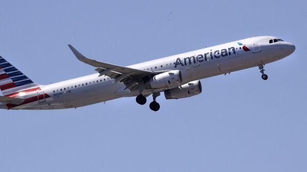 Самолет авиакомпании American Airlines