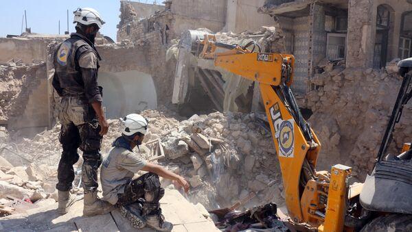 Активисты из организации Белые каски в Алеппо, Сирия. Архивное фото