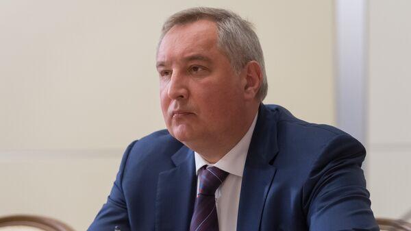 """Рогозин анонсировал пуски """"очень конкурентной"""" ракеты с Байконура"""