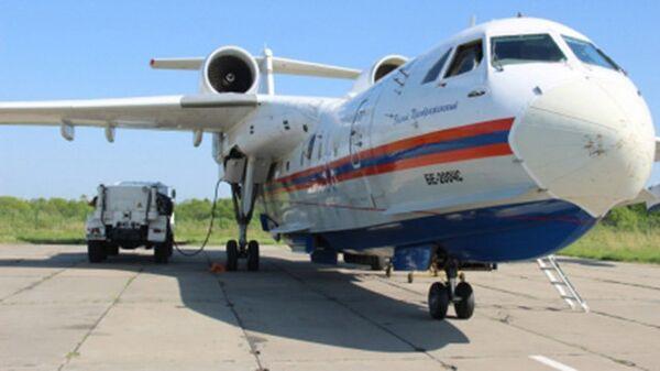 Самолет-амфибия Бе-200ЧС Хабаровского центра МЧС перед вылетом на поиск пропавшего мужчины. 25 июня 2018