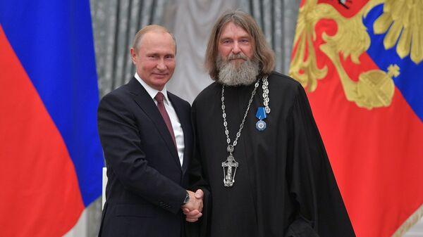 Президент РФ Владимир Путин и Федор Конюхов