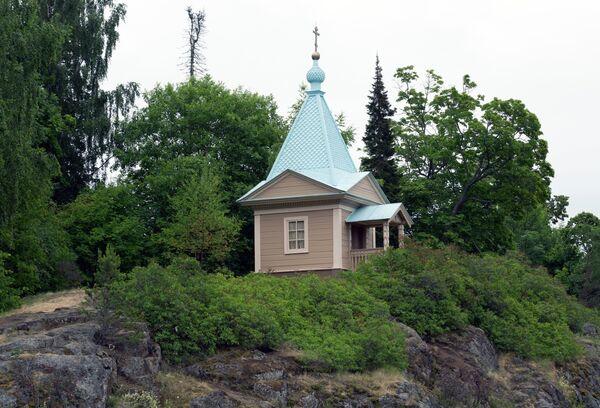 Часовня Покрова Пресвятой Богородицы у Нижнего сада Валаамского монастыря