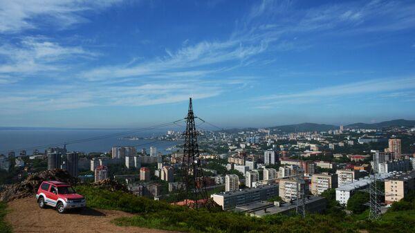 Вид на город с сопки Орлиное гнездо во Владивостоке