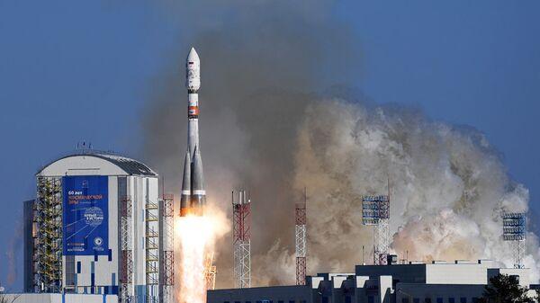 Старт ракеты-носителя с космодрома Восточный