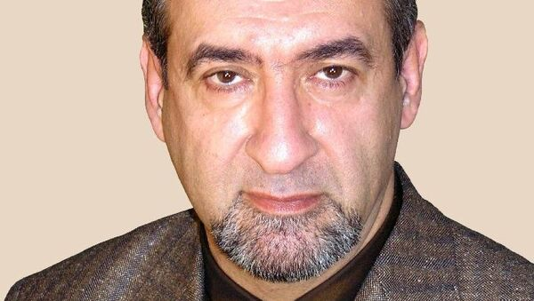 Профессор Эдуард Карамов