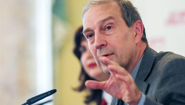 Исполняющий обязанности директора Гидрометцентра России Дмитрий Киктев во время пресс-конференции. 31 июля 2018