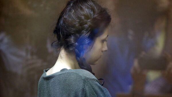 Задержанная по обвинению в убийстве 18-летняя Кристина Хачатурян в Останкинском суде. 30 июля 2018