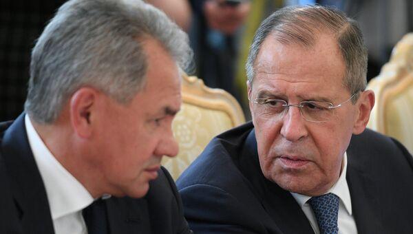 Министр иностранных дел Сергей Лавров и министр обороны Сергей Шойгу. Архивное фото