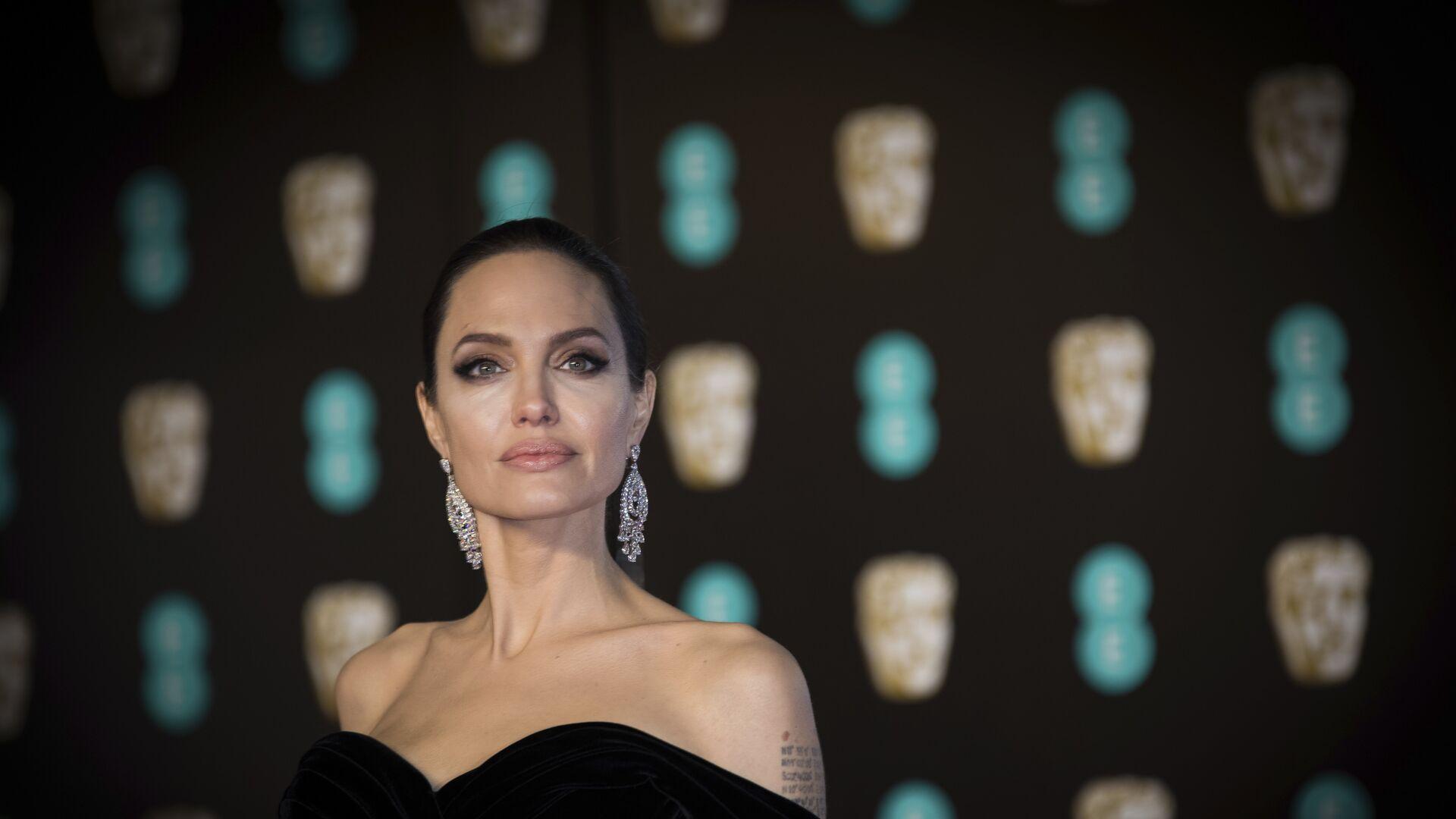 Американская актриса Анджелина Джоли - РИА Новости, 1920, 03.02.2021