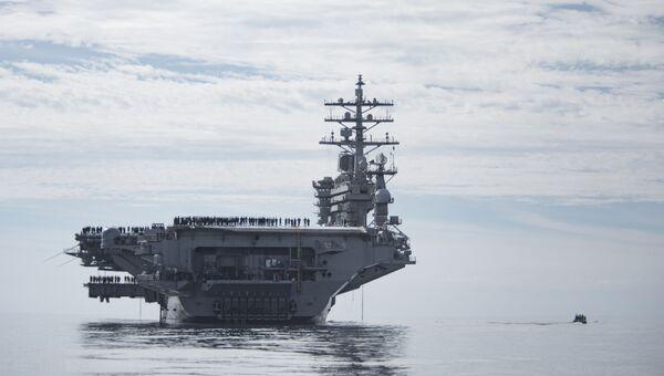 Авианосец ВМС США Эйзенхауэр (USS Dwight D. Eisenhower). Архивное фото