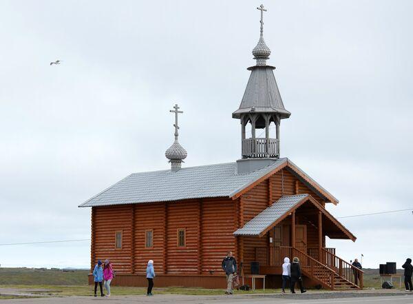 Свято-Никольский храм в поселке Белушья Губа на архипелаге Новая Земля