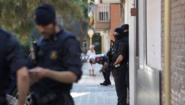 Сотрудники Каталонской полиции, архивное фото