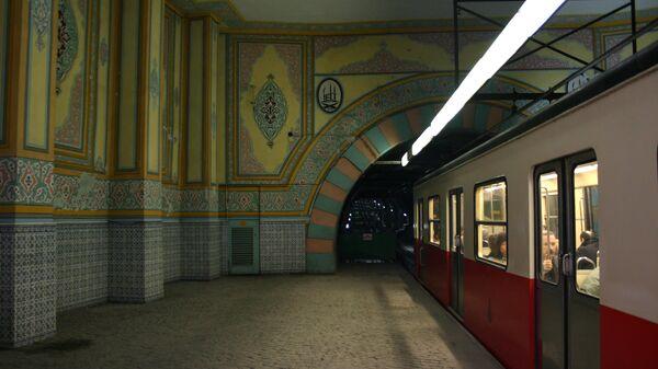 Станция Тюнеля  в Стамбуле, Турция