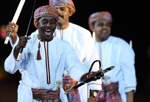 Военный оркестр Королевской гвардии Омана на торжественной церемонии открытия XI Международного военно-музыкального фестиваля Спасская башня