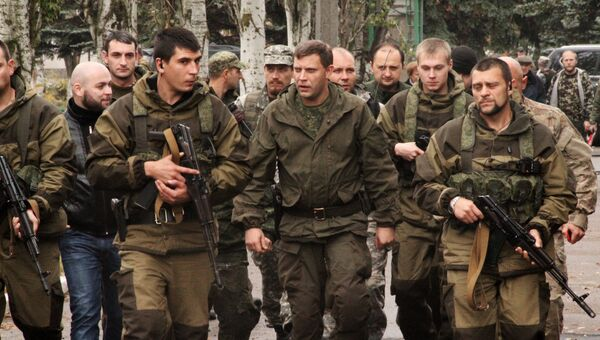 Премьер-министр Донецкой народной республики Александр Захарченко в городе Новоазовск