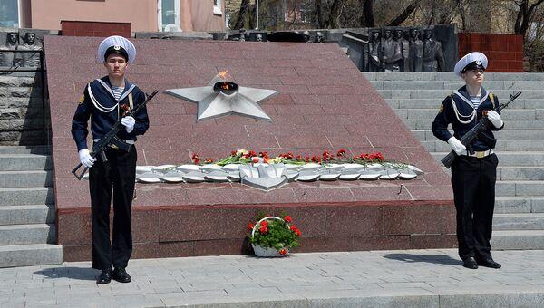 Волонтеры напомнили жителям России о дальневосточной Победе