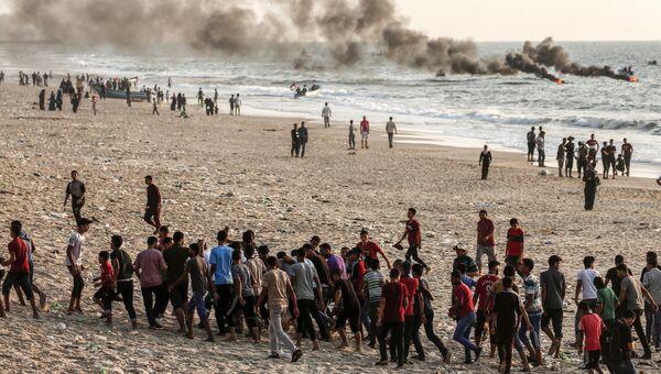 Столкновения на пляже вдоль морской границы Сектора Газа и Израиля. Архивное фото