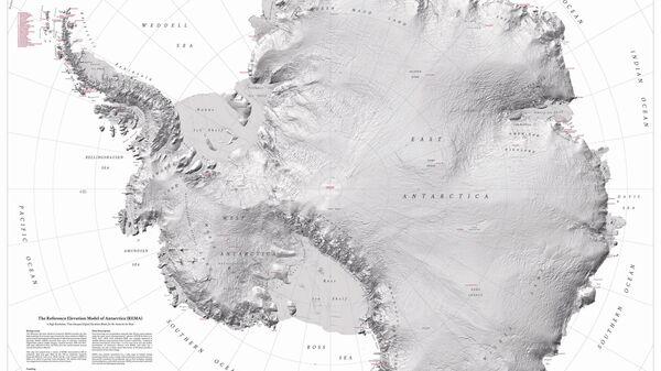 Изображение рельефа Антарктиды. Архивное фото