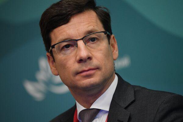 Коммерческий директор Siemens Russia Александр Либеров принимает участие в бизнес-диалоге Россия – Европа в рамках IV Восточного экономического форума во Владивостоке