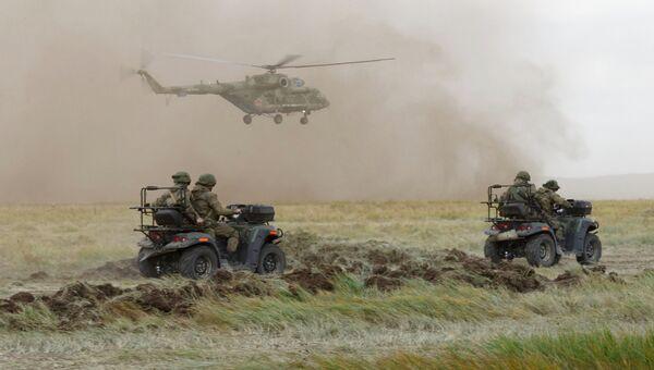 Основной этап военных маневров вооруженных сил Восток-2018 на полигоне Цугол в Забайкальском крае