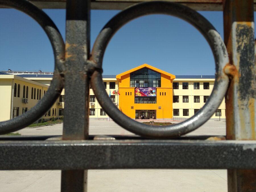 Китайская школа в Бишкеке