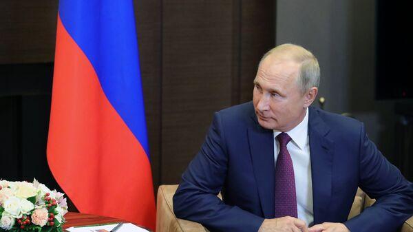 Владимир Путин во время встречи с президентом Турции Реджепом Тайипом Эрдоганом. 17 сентября 2018