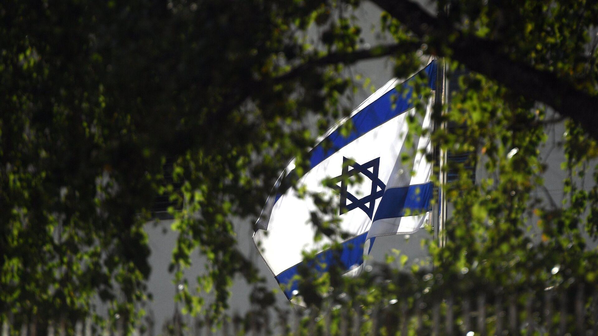 Флаг на здании посольства Израиля в Москве - РИА Новости, 1920, 04.08.2021