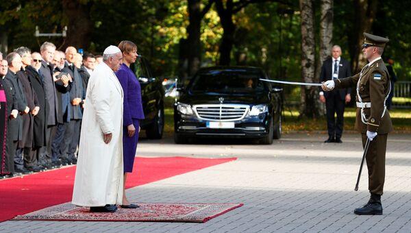 Папа Римский Франциск и президент Эстонии Керсти Кальюлайд в президентском дворце в Таллине. 25 сентября 2018