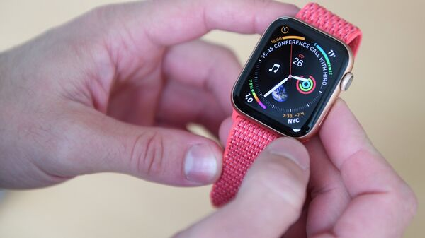 Новые часы Apple Watch Series 4