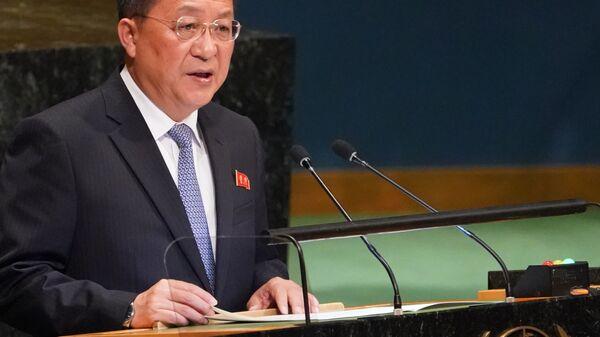 Министр иностранных дел Северной Кореи Ли Ен Хо обращается к 73-й Генеральной Ассамблее ООН. 29 сентября 2018