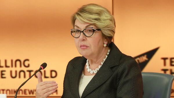 Элеонора Митрофанова во время пресс-конференции в Международном мультимедийном пресс-центре МИА Россия сегодня. 4 октября 2018