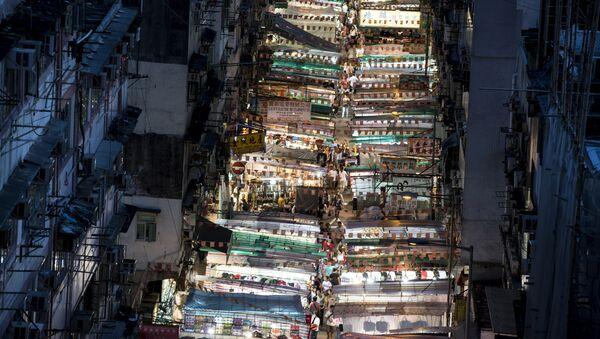 Ночной рынок на Темпл-стрит в Гонконге