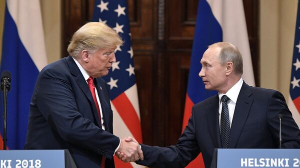 Президент РФ Владимир Путин и президент США Дональд Трамп в Хельсинки