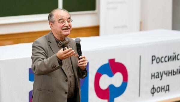 Борис Давидович Животовский, профессор МГУ и Каролинского института