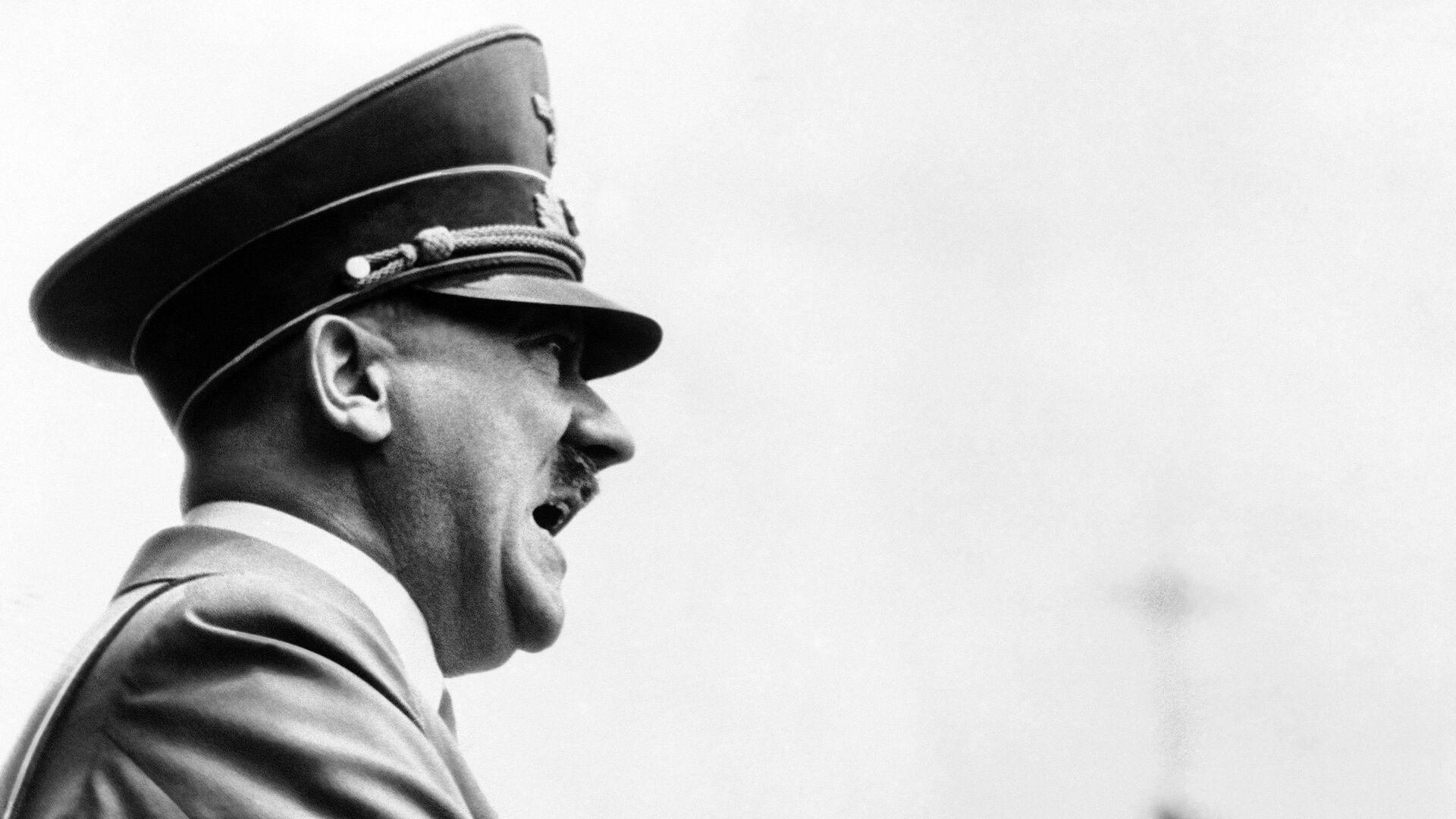 Адольф Гитлер. 1 мая 1938 года - РИА Новости, 1920, 17.12.2020