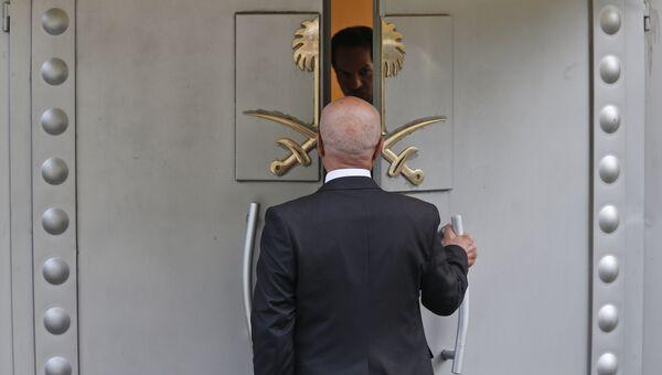 На территории консульства Саудовской Аравии в Стамбуле, Турция. Архивное фото