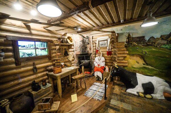 Интерьер крестьянской избы в музее сыра в Костроме
