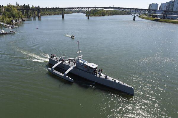 Беспилотный корабль-разведчик Sea Hunter