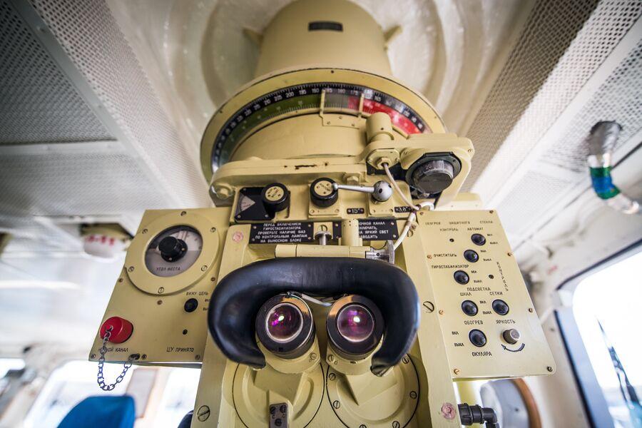 Окуляры визира-пеленгатора на фрегате Адмирал Макаров