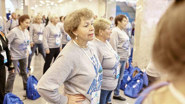 В Волжском открылся первый в России центр серебряных волонтеров