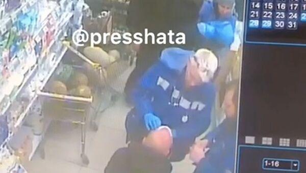 Нападение на мужчину с ребенком в Москве