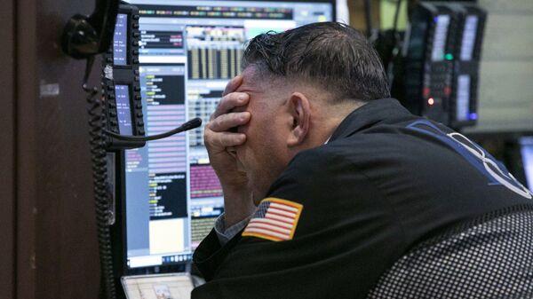 Трейдер на Нью-Йоркской фондовой бирже
