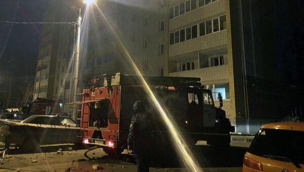 На месте взрыва бытового газа в десятиэтажном доме в поселке Пригорское Смоленской области