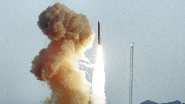 Запуск американской баллистической межконтинентальной ракеты Minuteman III