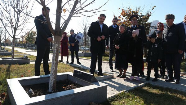 Аллея с именными деревьями в память о погибших сотрудниках МВД, Ингушетия. 8 ноября 2018